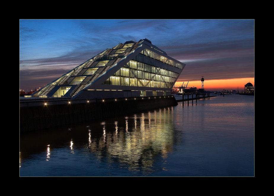 Dockland @ blue hour