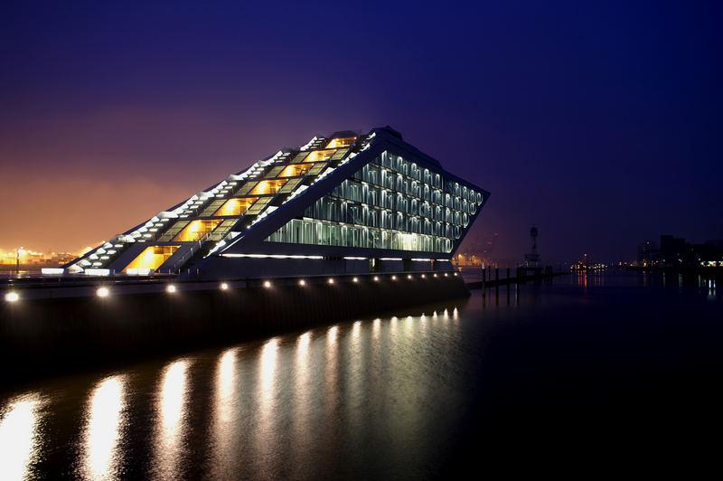 Dockland - Hafen Hamburg am Morgen