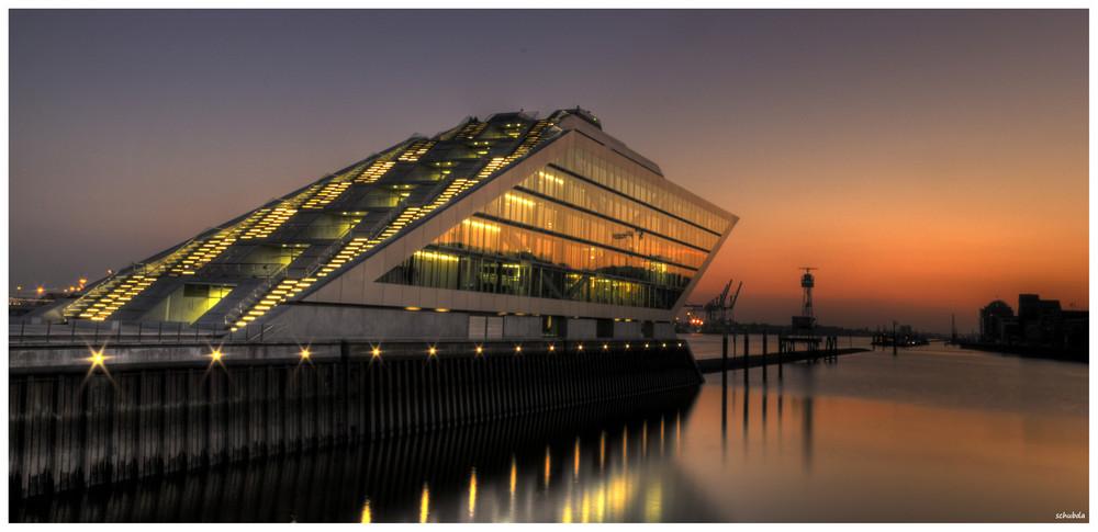 Dockland / Hamburg (HDR)