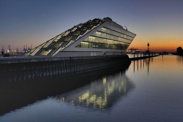 Dockland @ Heure Bleue