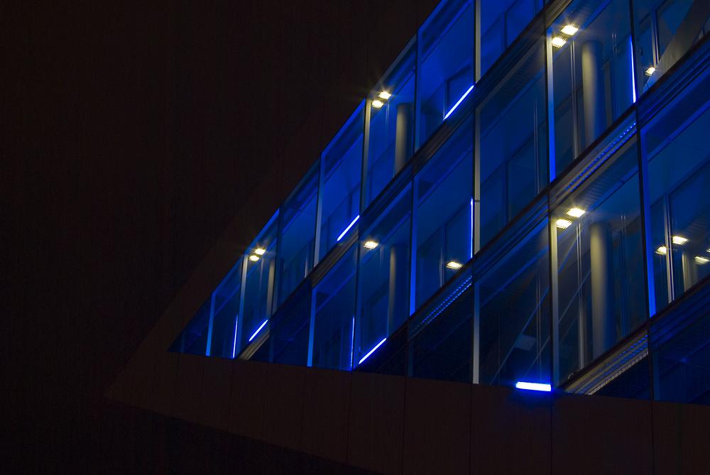 Dockland mit Blue Port Beleuchtung