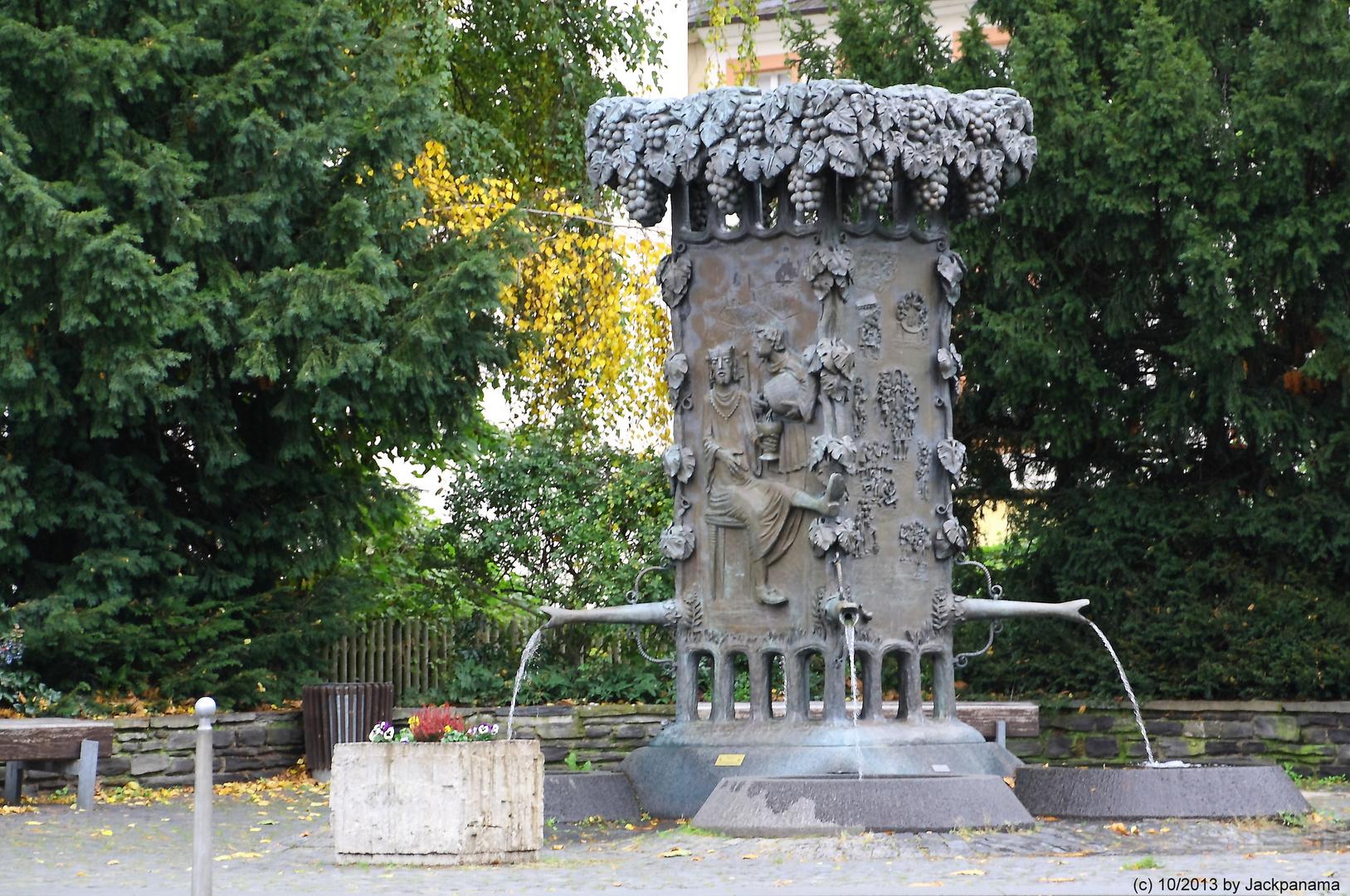 """""""Doctor-Wein"""" -Brunnen in Bernkastel - Kues"""