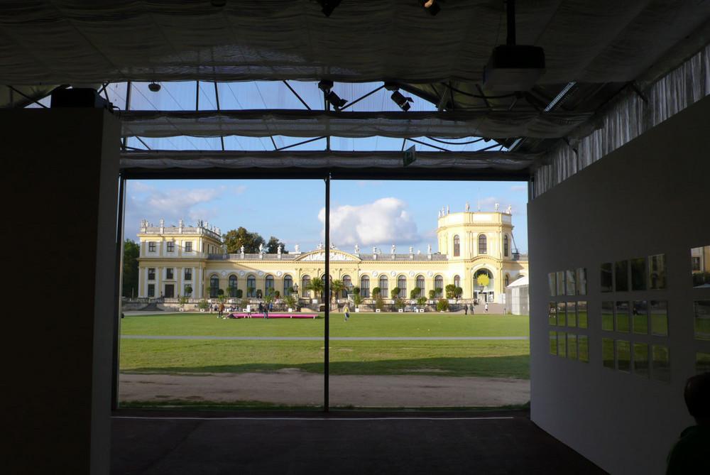 Documenta Bild im Fenster