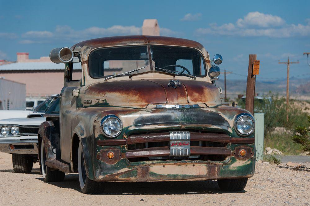 Dodge mit Patina