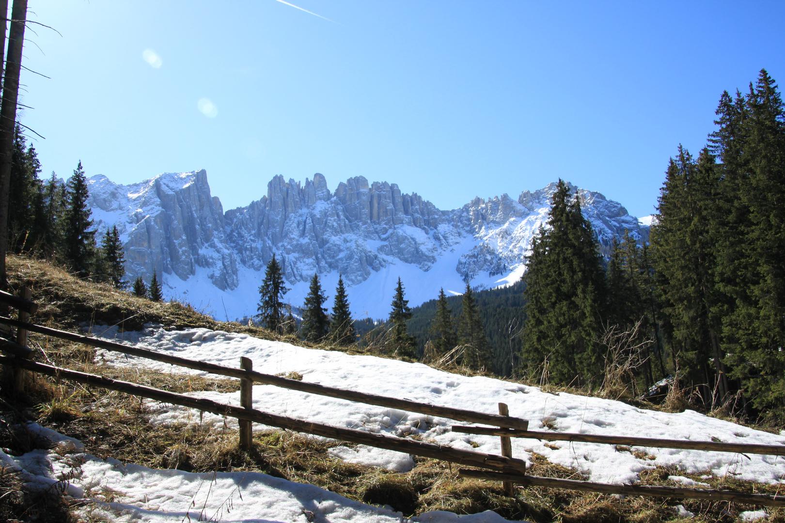 Dolomiten fast ohne Schnee