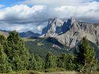 Dolomiten, Geislergruppe/Seceda von Westen