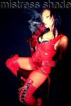 Domina Smoking Fetisch