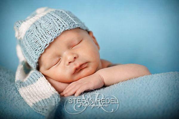 Dominik, 8 Tage jung