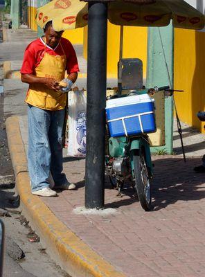 Dominikanischer Hotdog