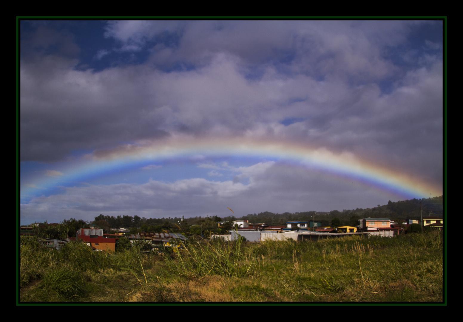 domo con arcoiris