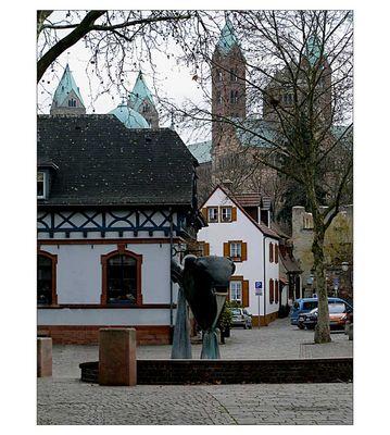 Domstadt Speyer - auf dem Fischmarkt