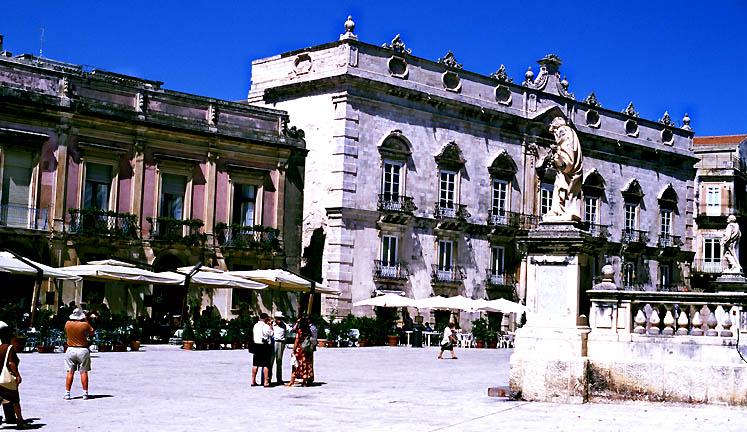 Domvorplatz Syracus (Sizilien)