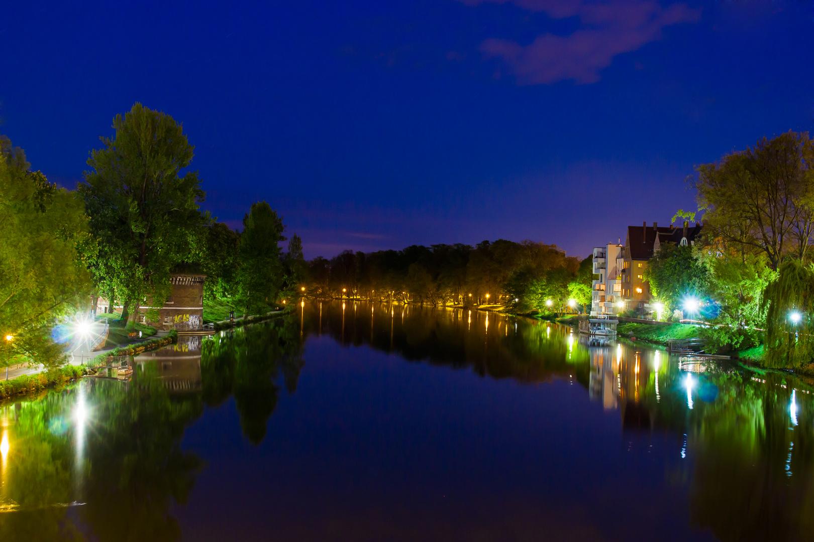 Donau in Ulm bei Nacht