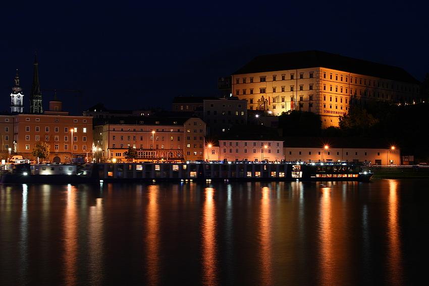 Donauschiff...