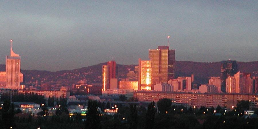 Donaustädter Skyline wenn die Sonne aufgeht