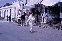 donna al mercato