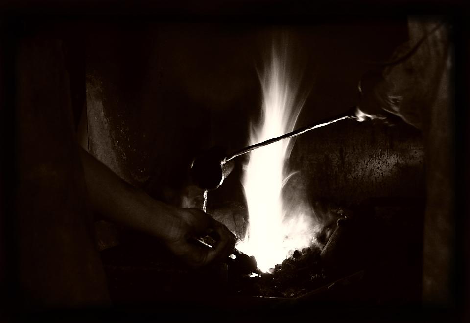 donner chaud au fer