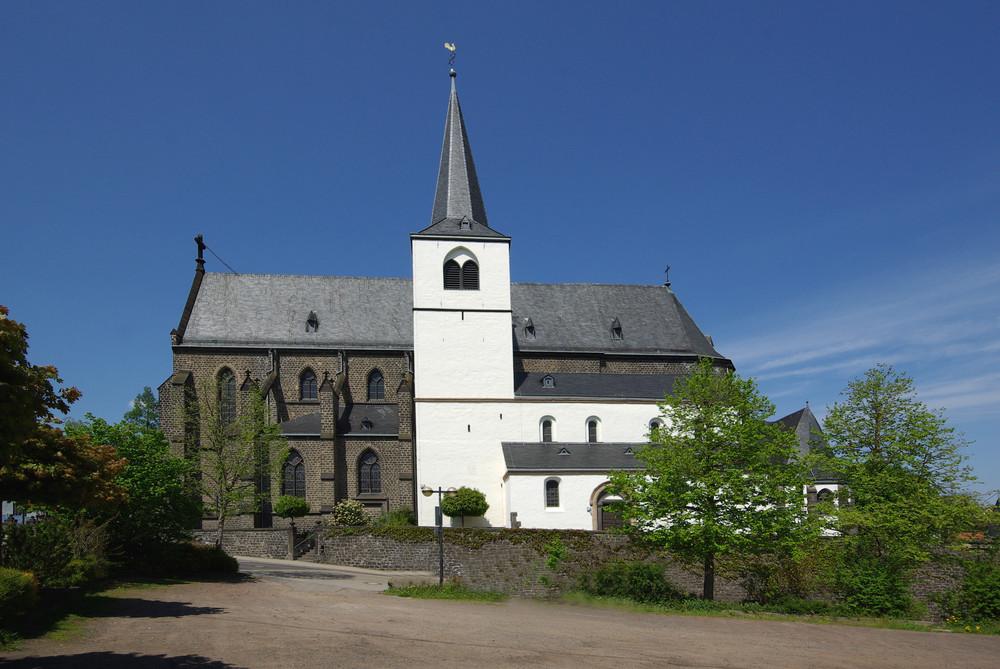 Doppelkirche St Cyriakus Mendig /Eifel