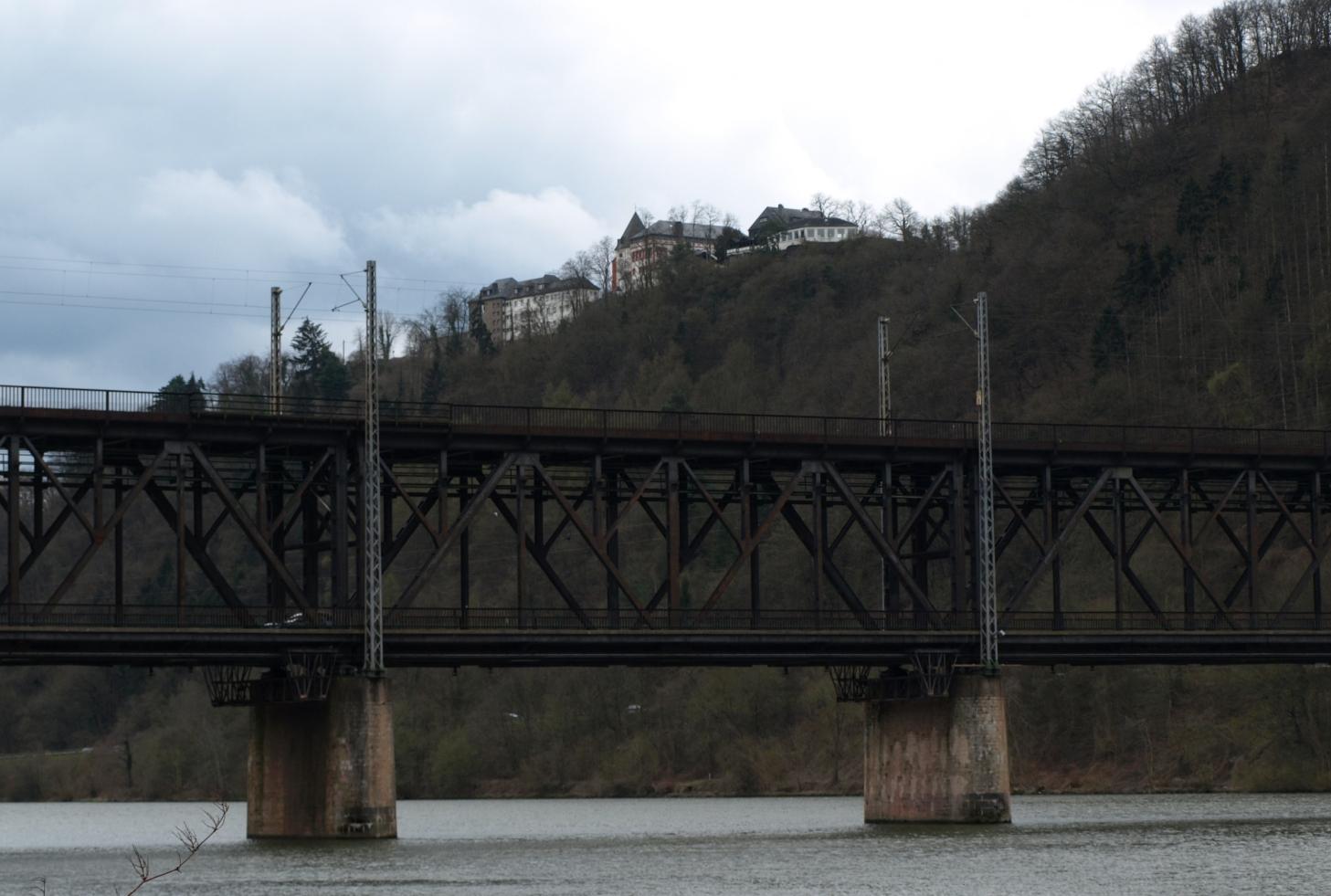 Doppelstockbrücke bei Bulley