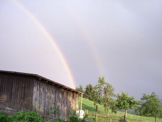 Doppelter Regenbogen im Emmental