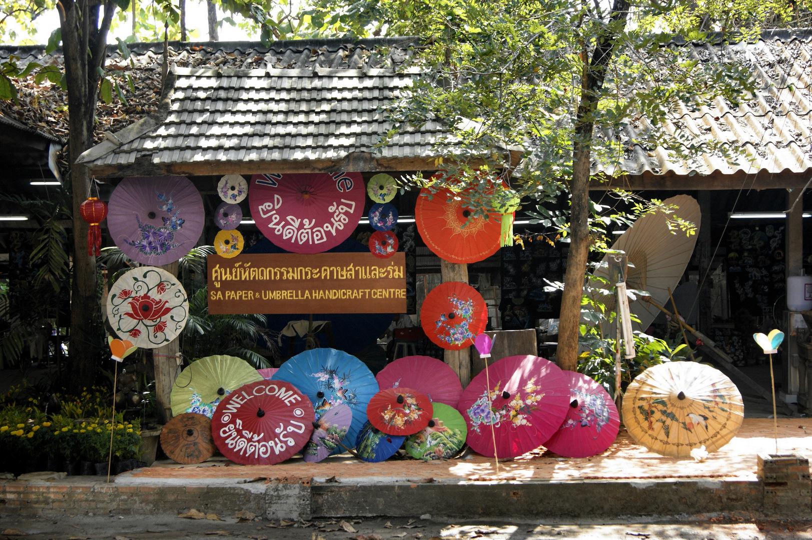 Dorf der Schirmmaler -- Chiang Mai
