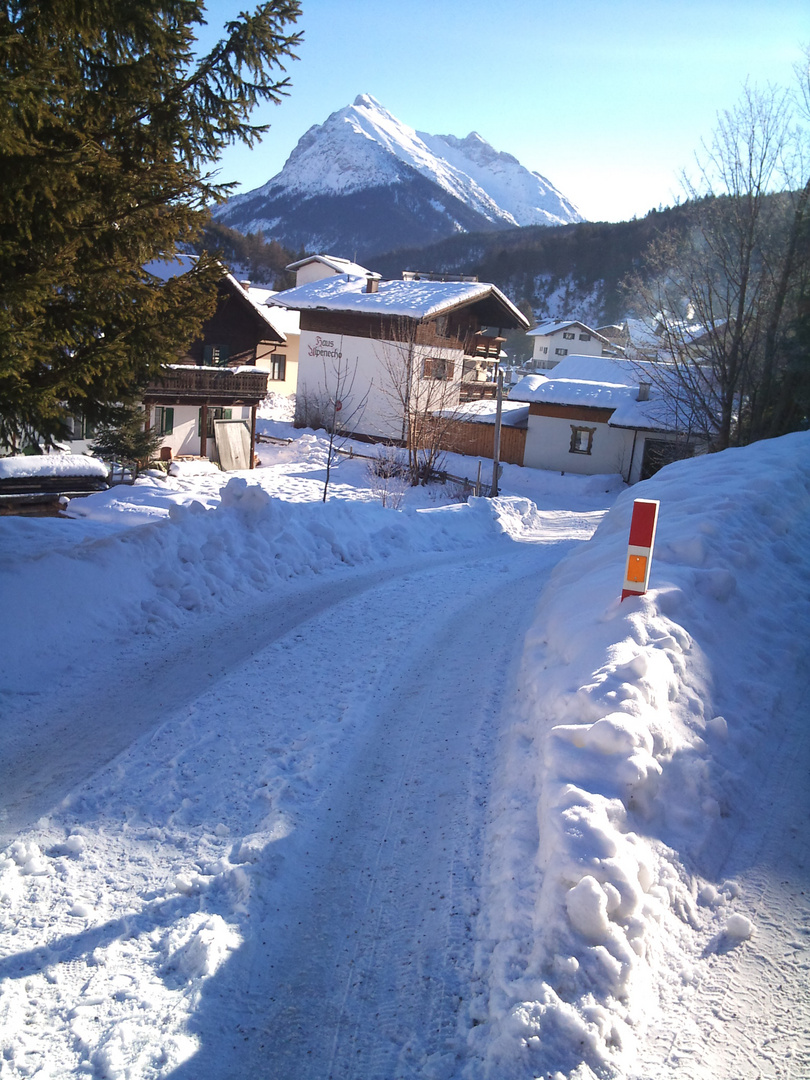 Dorf-Idylle im Schnee