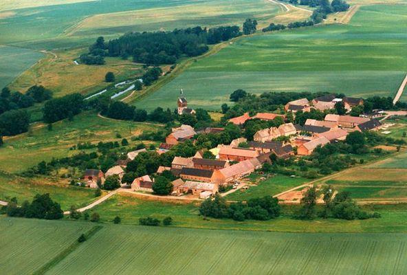 Dorf in den Elbauen bei Torgau