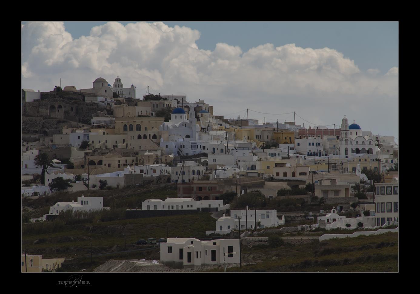 Dorf rund um Santorin
