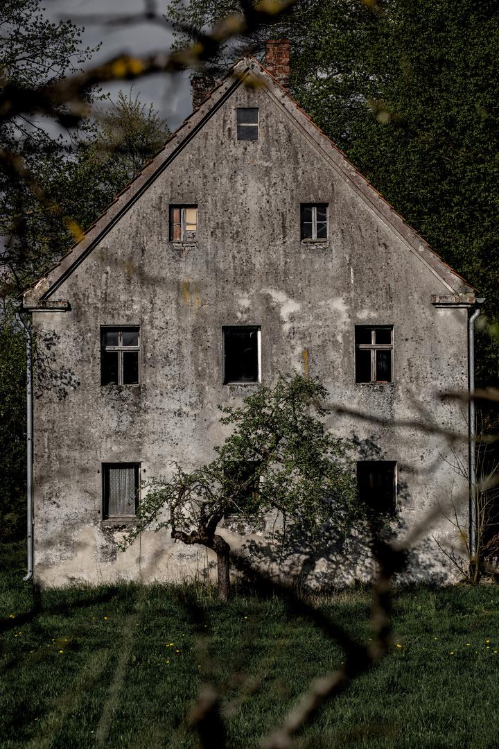 """Dorfansichten (5) - """"Verlassen"""""""