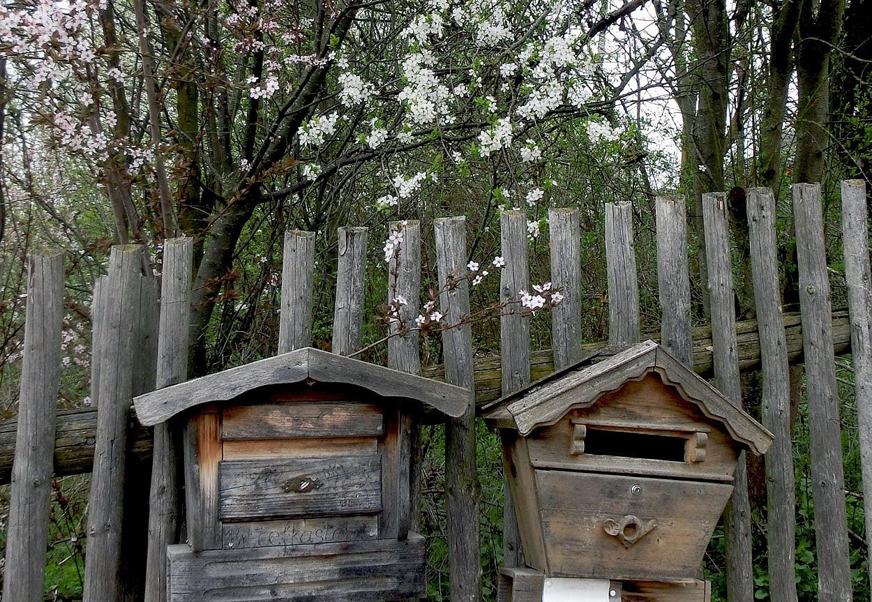 Dorf.....Briefkasten