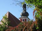 Dorfkirche im Herbst