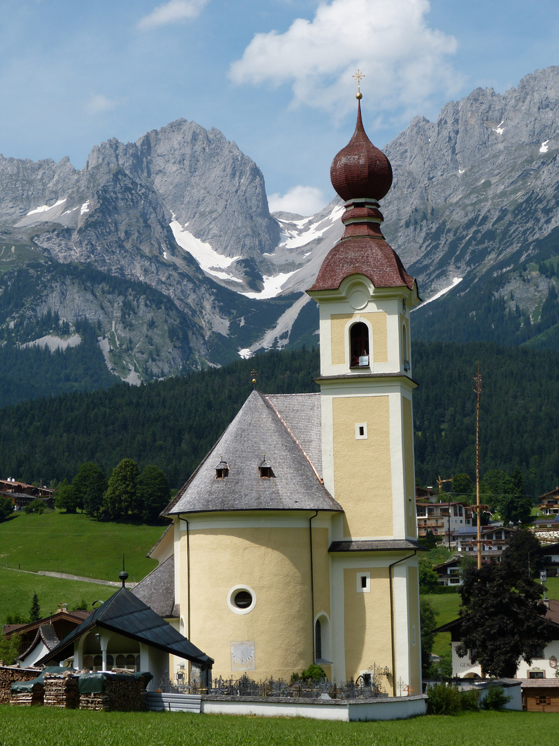 "Dorfkirche ""Zum Heiligen Kreuz"""