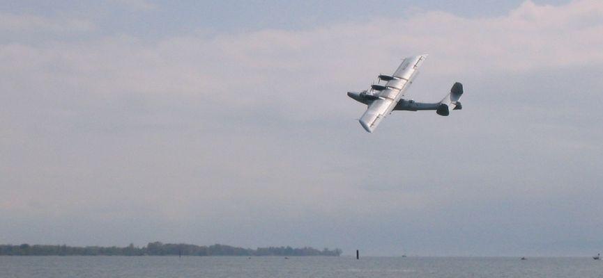 Dornier DO-24 über dem Bodensee