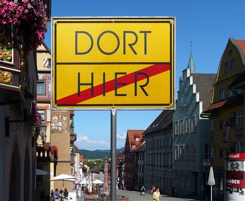 Dort / Hier