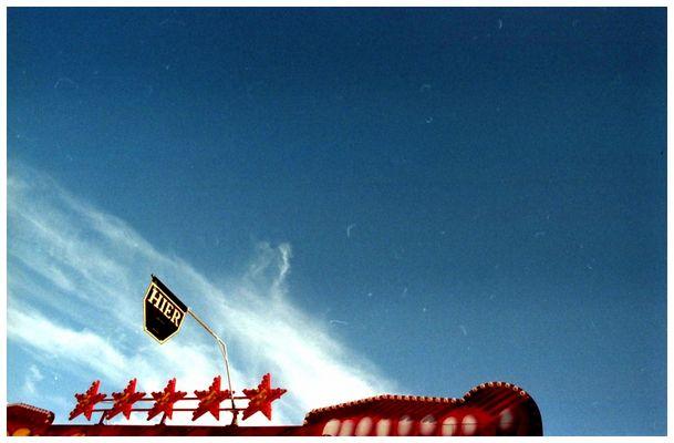 Dort oben strahlt der blaue Himmel...