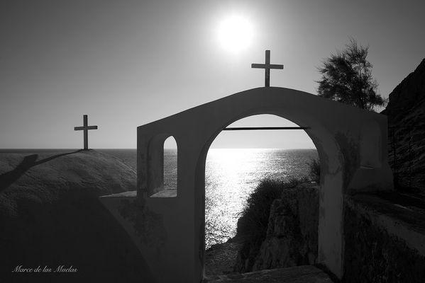...Dos cruces Santorini ...
