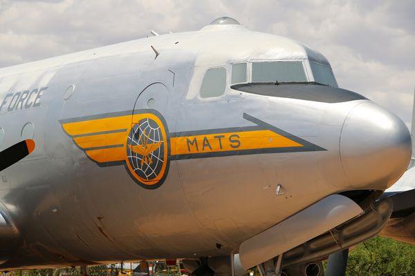 DOUGLAS C-54D SKYMASTER COCKPIT