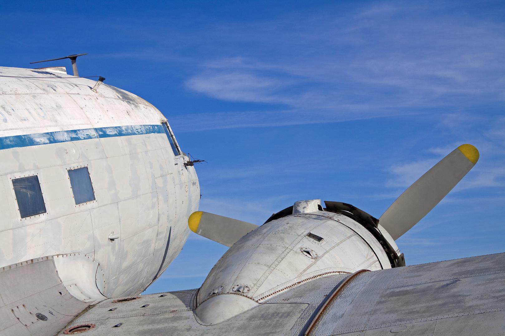 Douglas DC-3 C-47 Skytrain