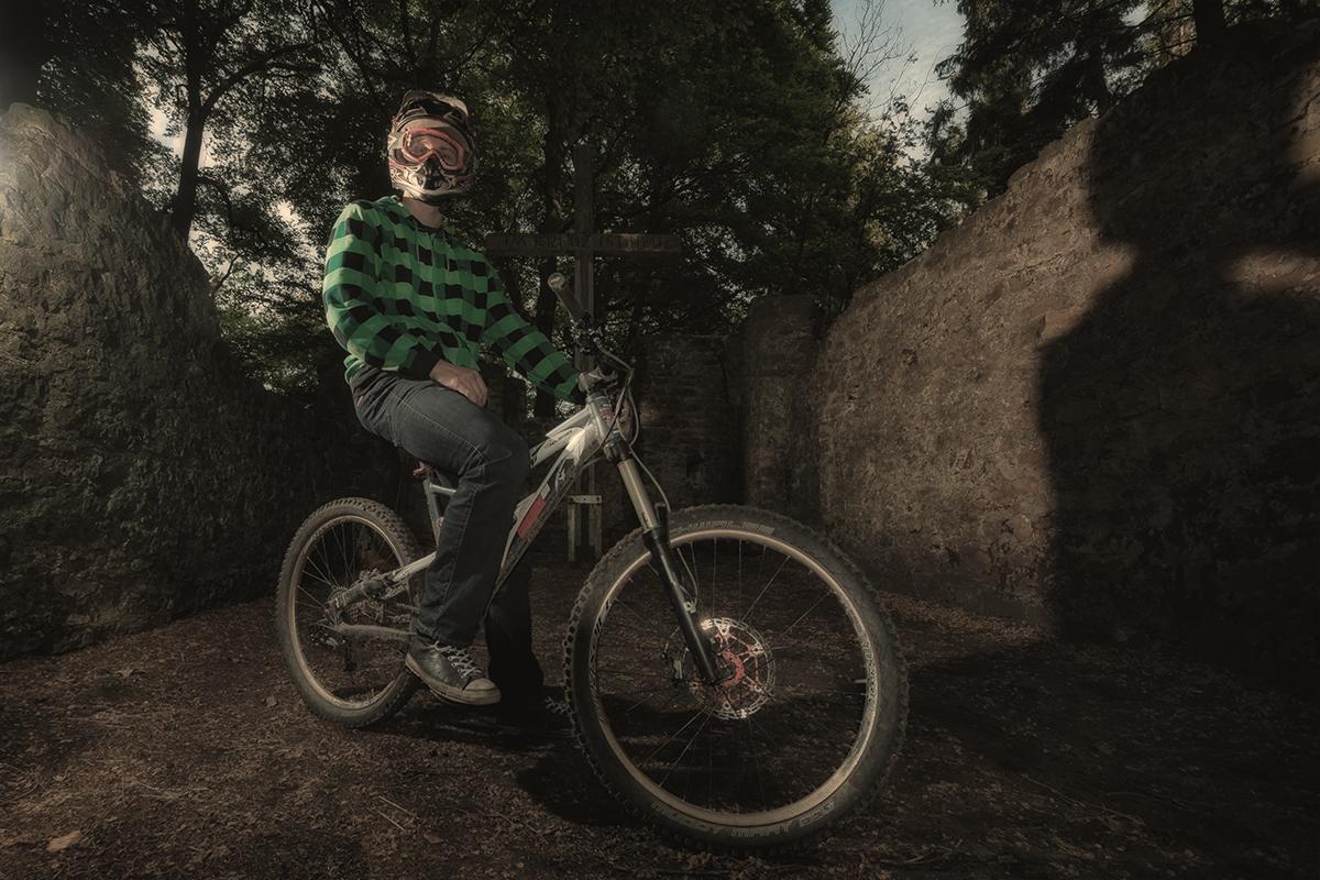 Downhiller Mountainbiker Rory Roads
