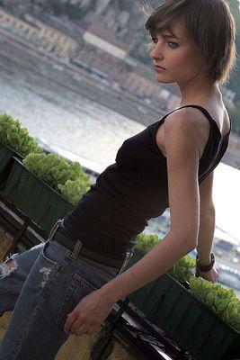 Downtown girl