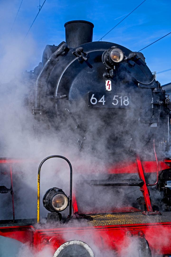 DR Baureihe 64 / Dampflokomotive 64 518