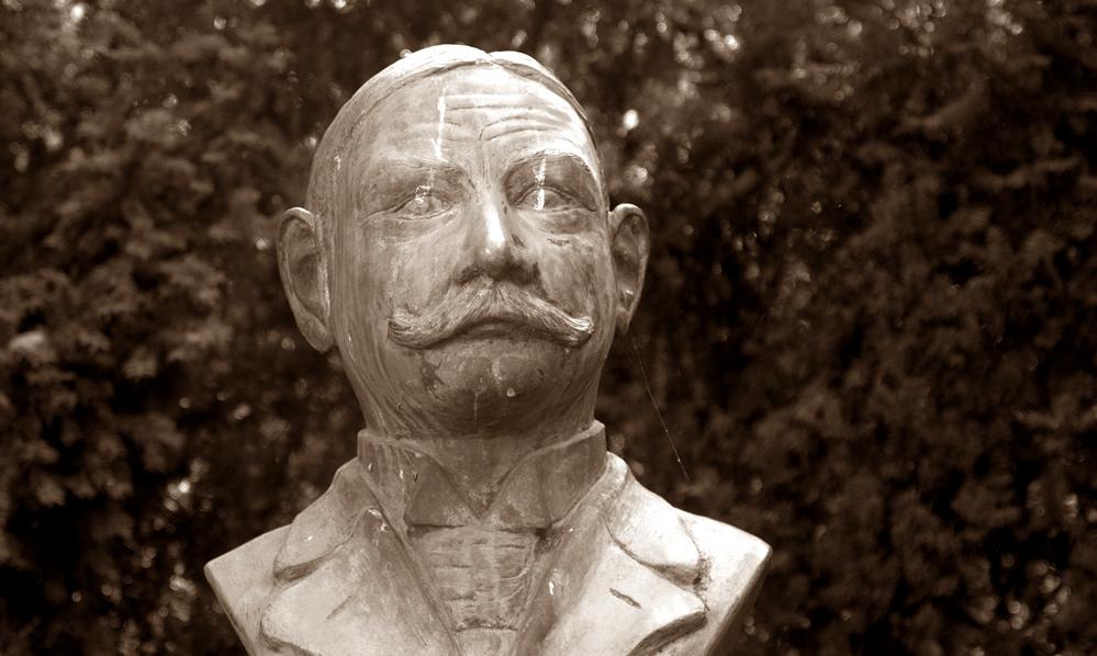 Dr. Eugen Förster