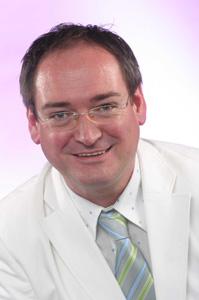 Dr. Frank Schürmann