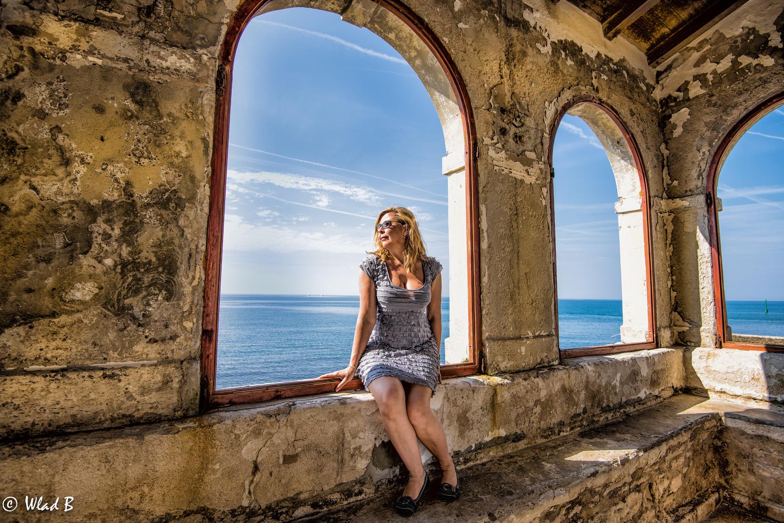 Drei Fenster am Meer.