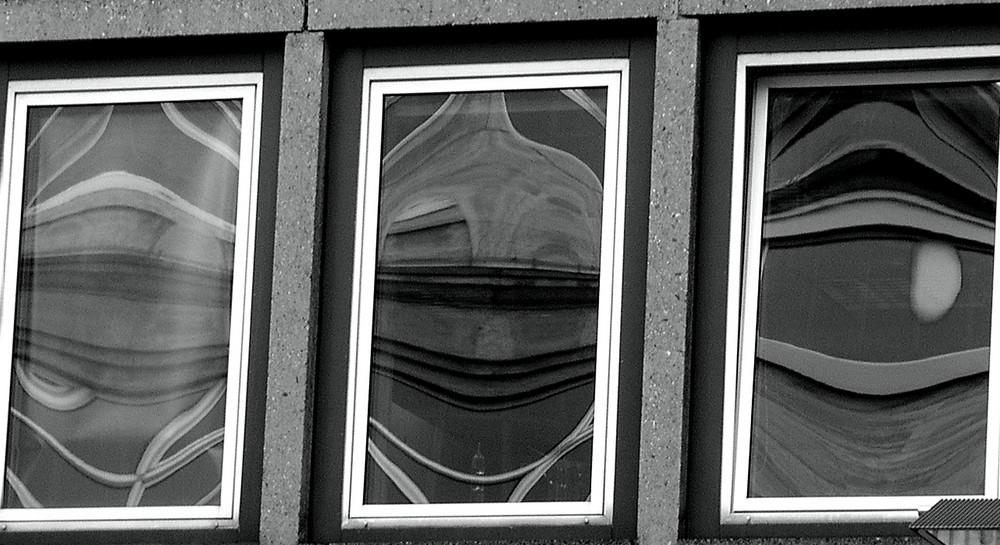 Drei Fenster nähe der Domplatte