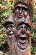 Drei fröhliche Waldgeister...
