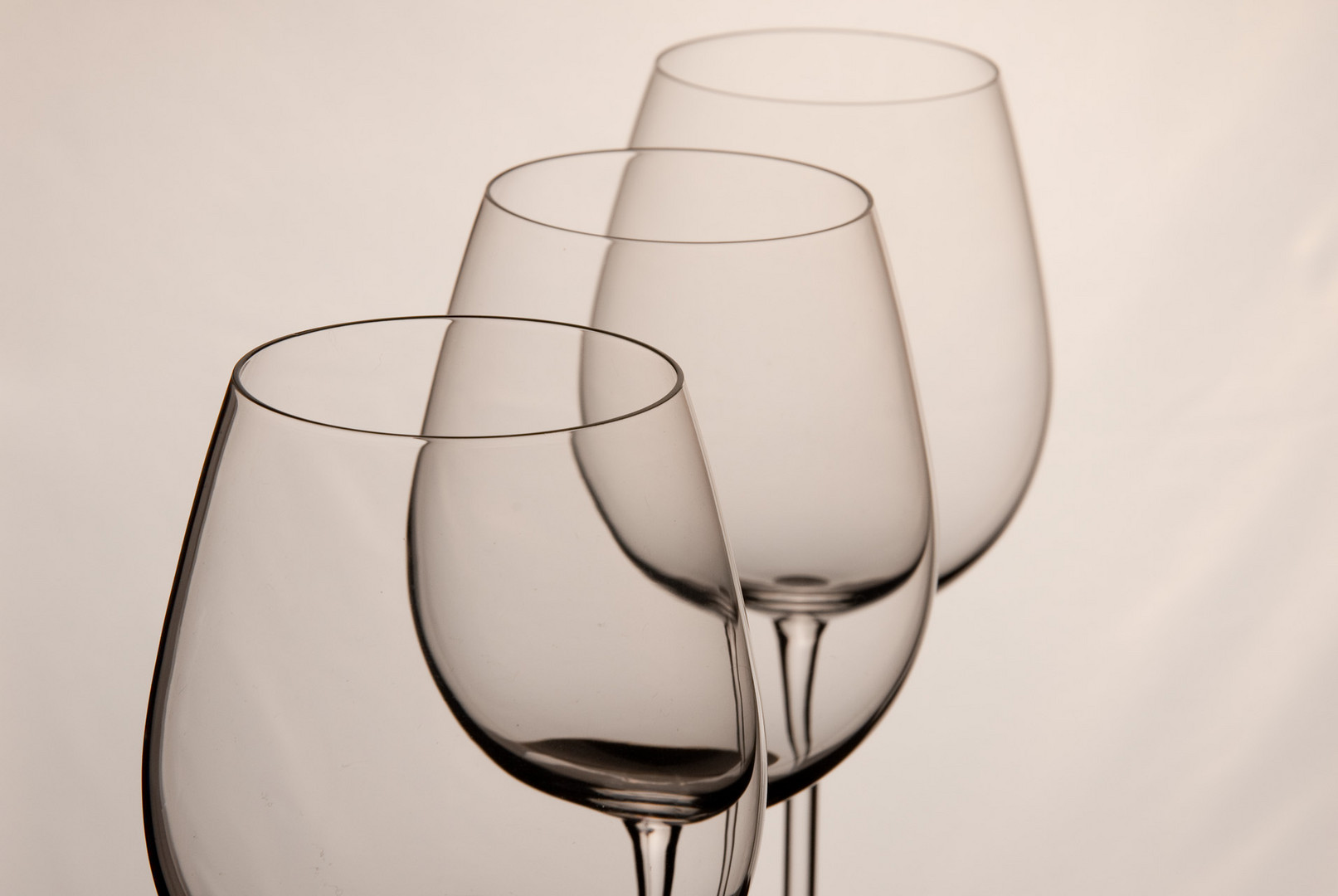 ...drei Gläser ...im hellen Studio