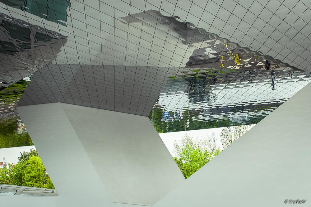 Dreieck im Spiegel