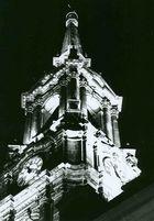 Dreikönigskirche bei Nacht