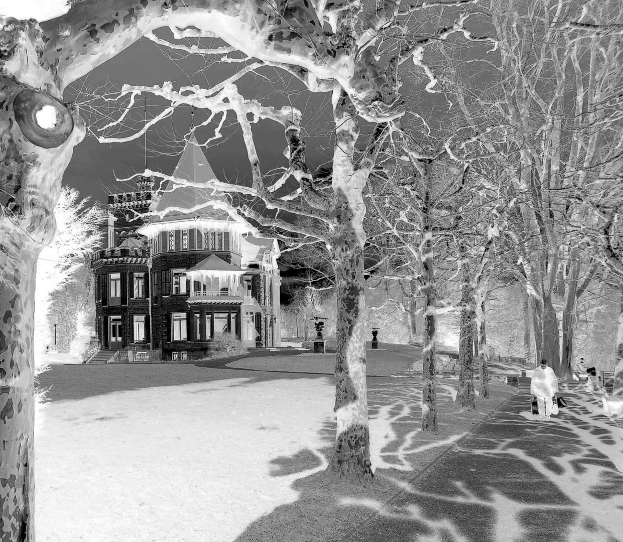 Dreilindenpark mit Konservatorium ...